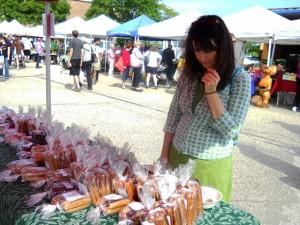 Westiside Farmer's market customer