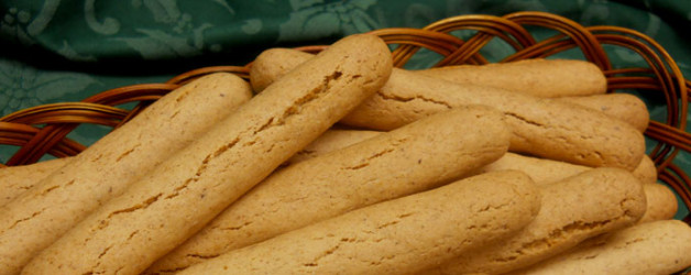 Big golden biscotti cookies from Dolci