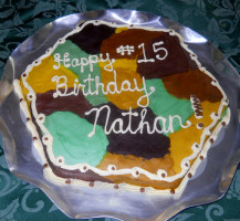 2012 Birthday cake – hexagon – camouflage