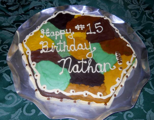 2012 Birthday cake – hexagon – camouflage