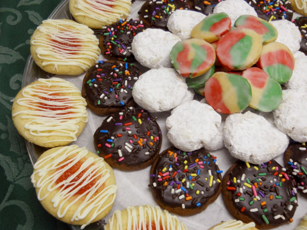 Tray of Dolci Italian cookies - call or email to order an assortment