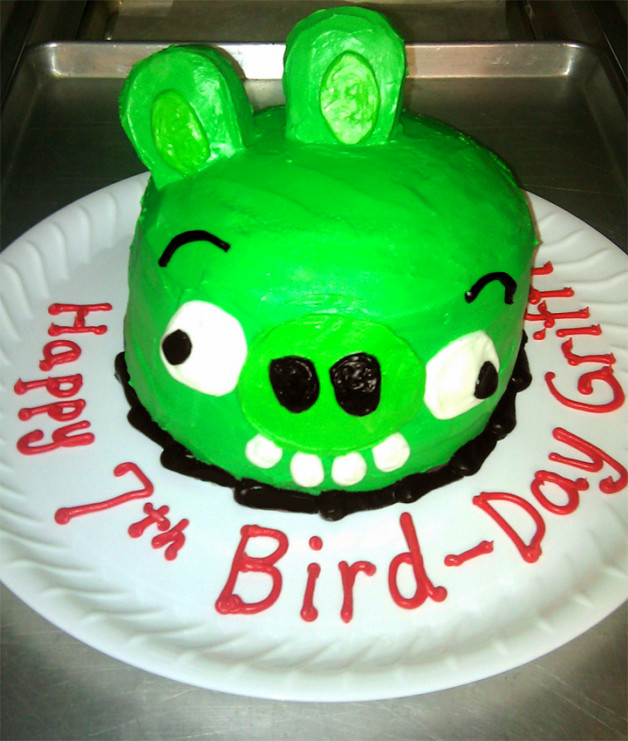Bad Piggy Birthday Cake – Angry Birds