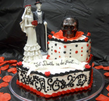 Wedding Cake with Halloween Theme